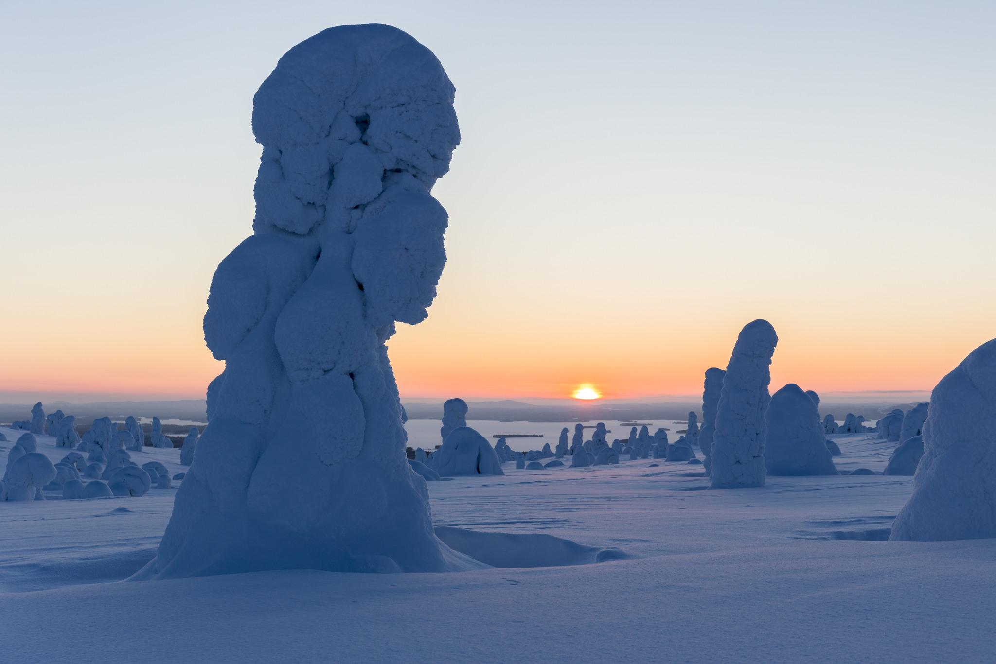 Helmikuun kuvausjakso päätettiin onnistuneesti Riisitunturin mahtavissa maisemissa